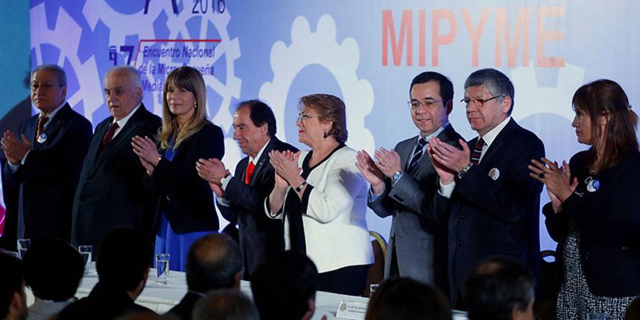 Bachelet Detallistas-La Tercera